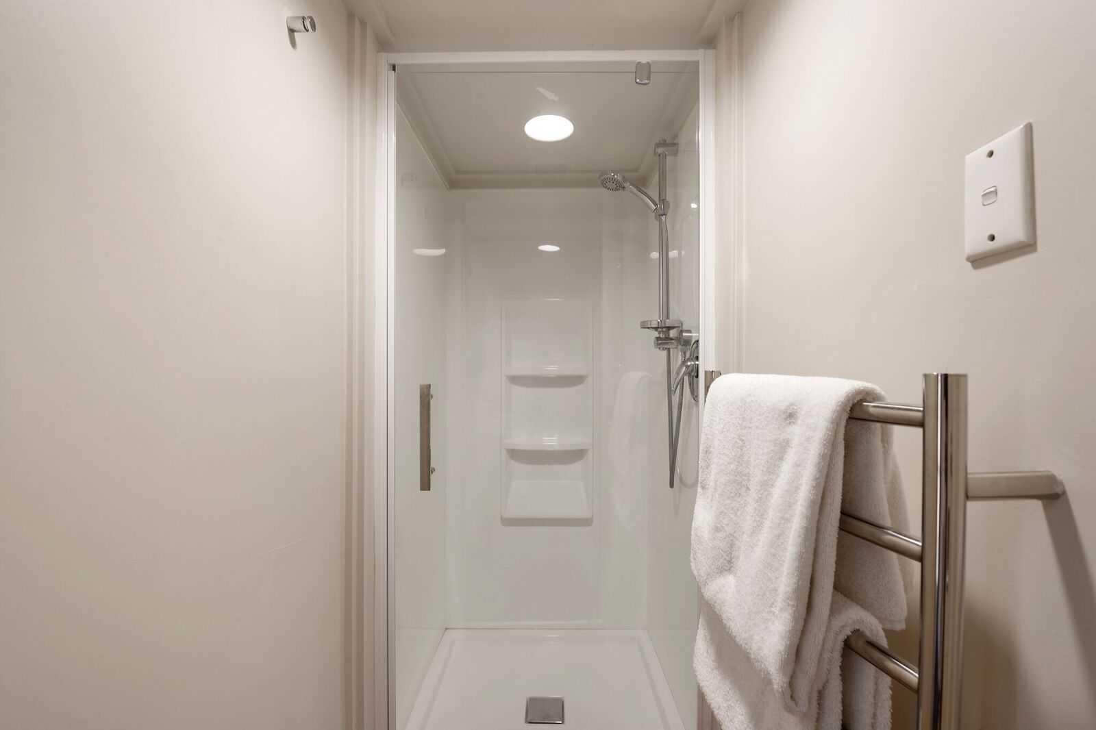 Three Bedroom Shower