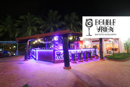 Double Vision - Poolside Bar