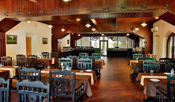 Farm Fresh - A Veg Restaurant in Kochi