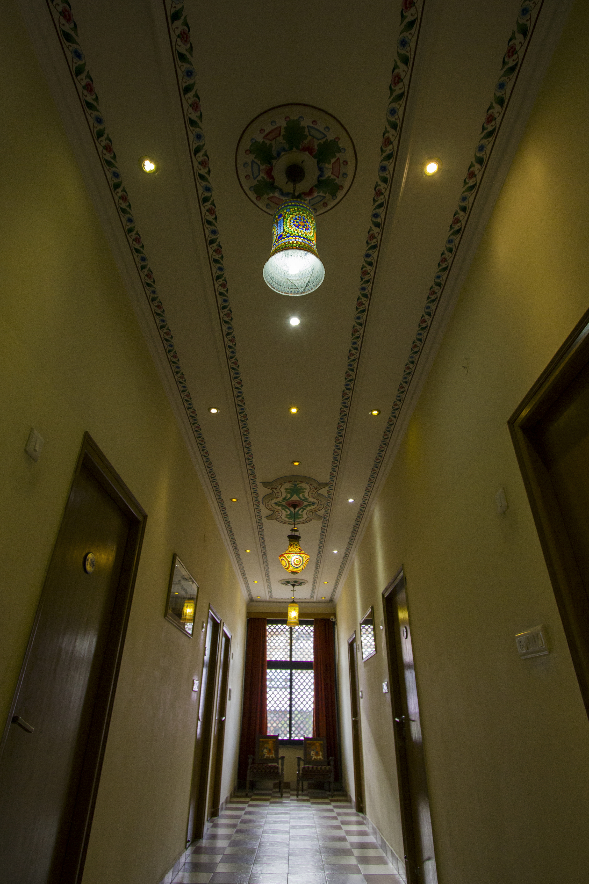 1st floor lobby ceiling