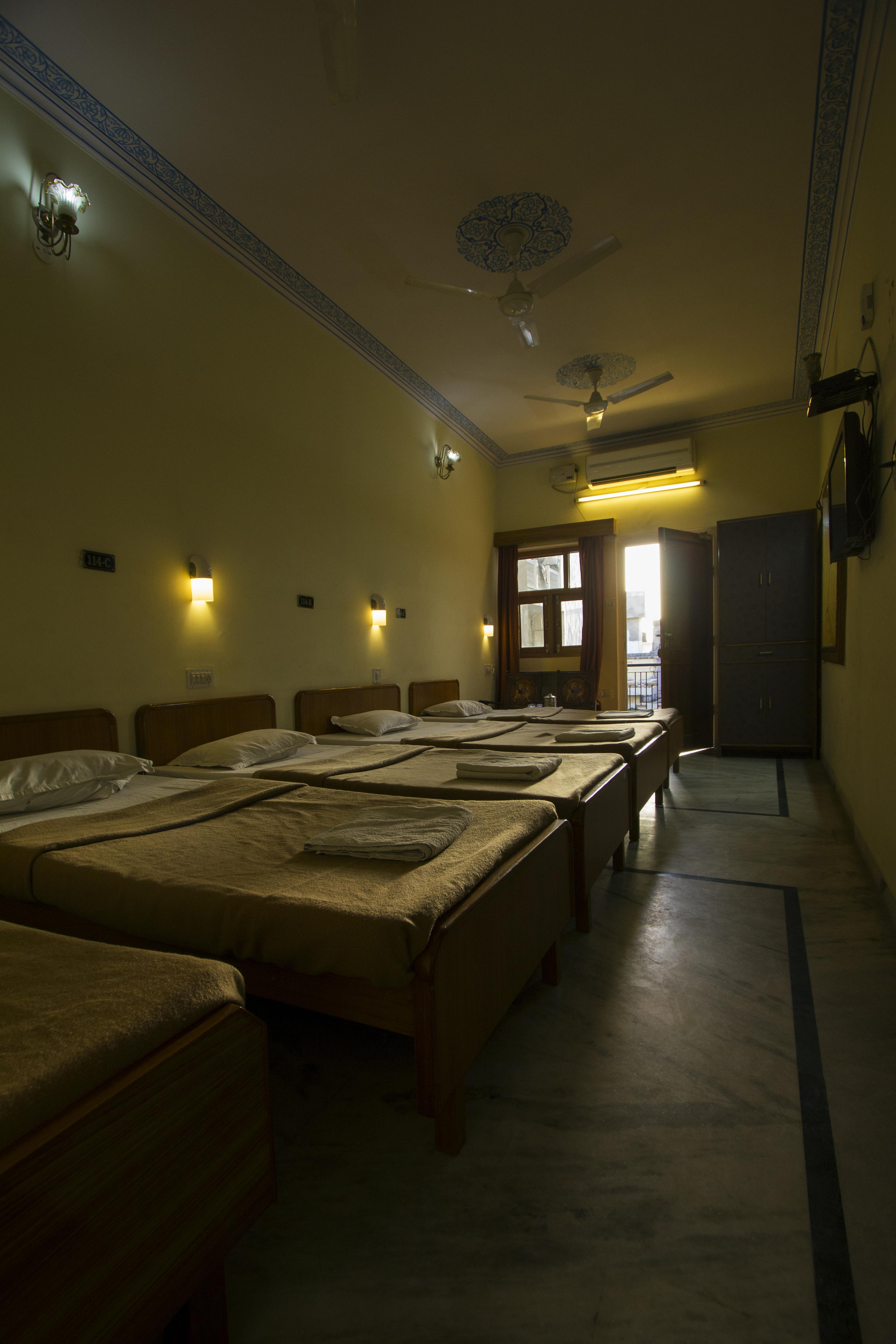 AC mixed Dormitory