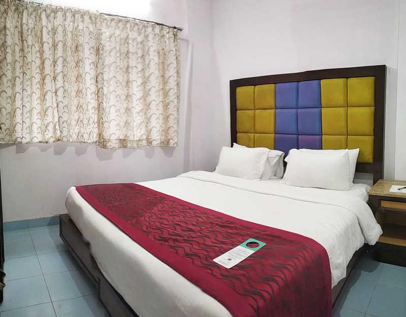 the-byke-studio-apartment-thane-1 bhk-king-bed