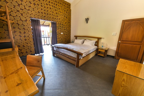 African Suite- with Deluxe Ac Bedroom