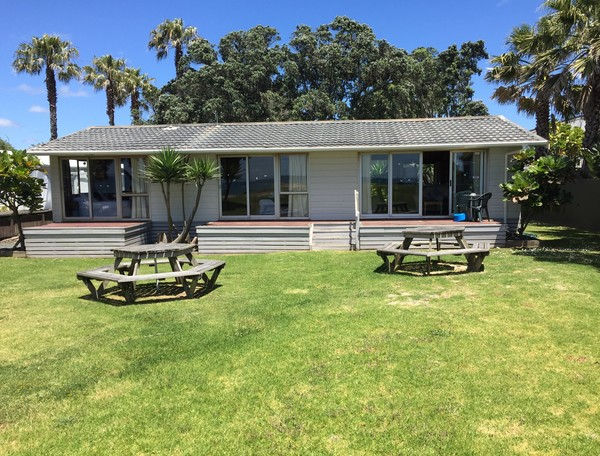 Accommodation Beachfront Lockwood House Unit 16