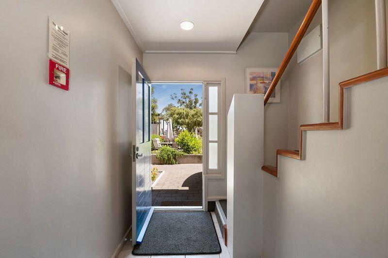 Three Bedroom Entryway