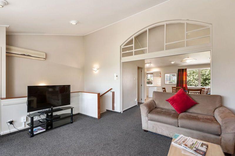 Three Bedroom Lounge