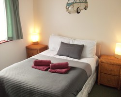 Family Lodge - double bedroom and twin bedroom- Dog friendly