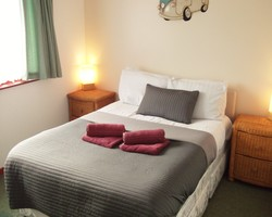 2 person lodge - double bed - dog friendly