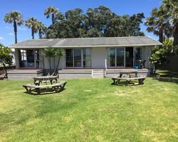 Beachfront Lockwood House (Unit 16)